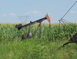 Pumpjack in Indiana about 4 miles from Chattanooga (2011)