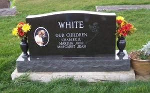 Reverse side of White marker. (2011 photo by Karen)