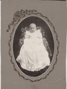 Morrison photo of unidentified child.