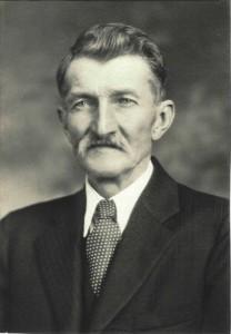 John Scaer (1965-1940)