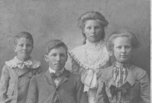Fred Ruck Sr Children: Fred Jr, Frank, Lena, Katie. (photo courtesy of Joyce Layman)