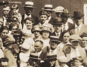 The first Schumm reunion, 1924.