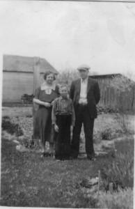 John, Anna (Grauberger) Reichard, and Son Eugene. (photo courtesy of Deb Bollenbacher Reichard)