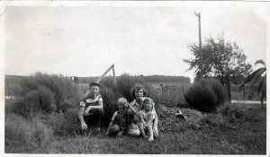 Ester Baker & children, unknown date. Submitted photo.