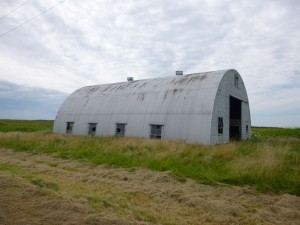Quonset hut barn near intersection of Winkler & Wabash Roads, probably built about the same time as the McGough barn, possibly to replace a barn demolished by the 1948 tornado. (2015 photo by Karen)