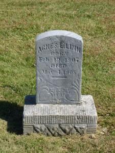 Agnes E. Linn, Zion Lutheran Cemetery, Chattanooga, Mercer County, Ohio. (2015 photo by Karen)