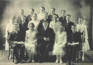 1921 Zion Chatt Confirmation Class with Rev. Jacob Albrecht.