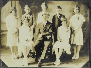 1931 Zion Chatt Confirmation Class with Rev. Jacob Albrecht.