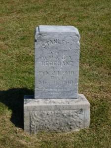 Stanley L Regedanz, Zion Lutheran Cemetery, Chattanooga, Mercer County, Ohio. (2015 photo by Karen)